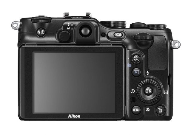 Nikon Coolpix P7100  - photo 3