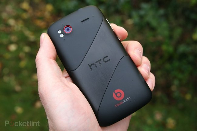 HTC Sensation XE  - photo 2