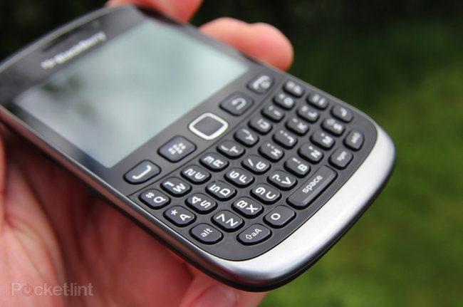BlackBerry Curve 9320 - photo 3