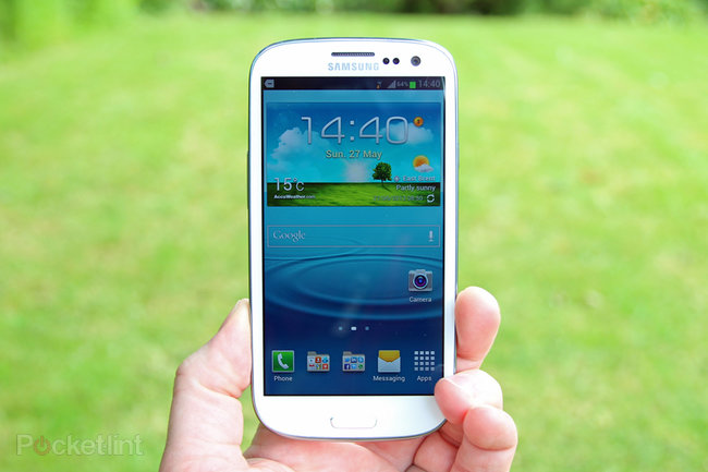 Samsung Galaxy S III - photo 1