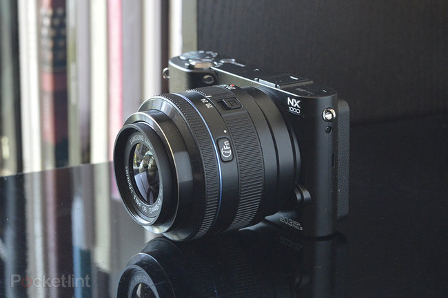 Samsung NX1000 - photo 2
