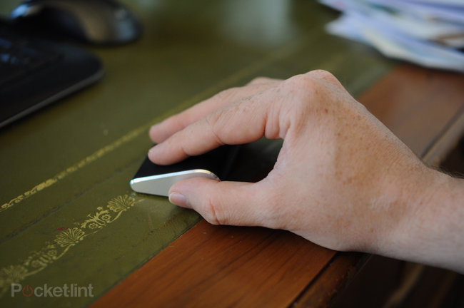 Microsoft Wedge Touch mouse - photo 12