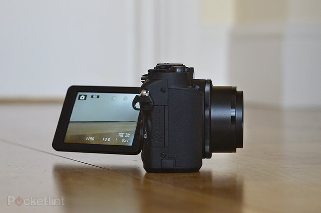 Nikon Coolpix P7700 - photo 3