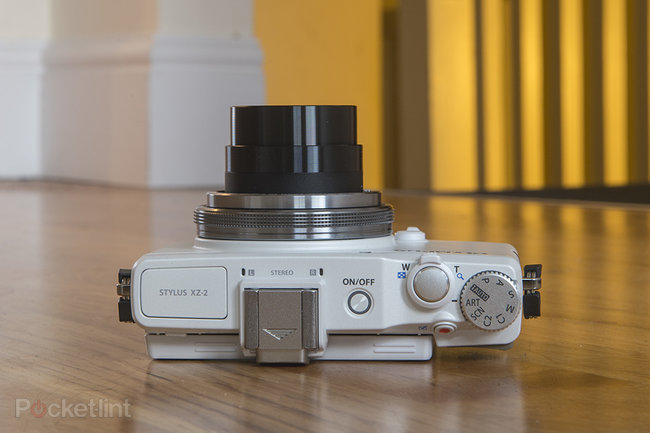 Olympus Stylus XZ-2 (white) - photo 7