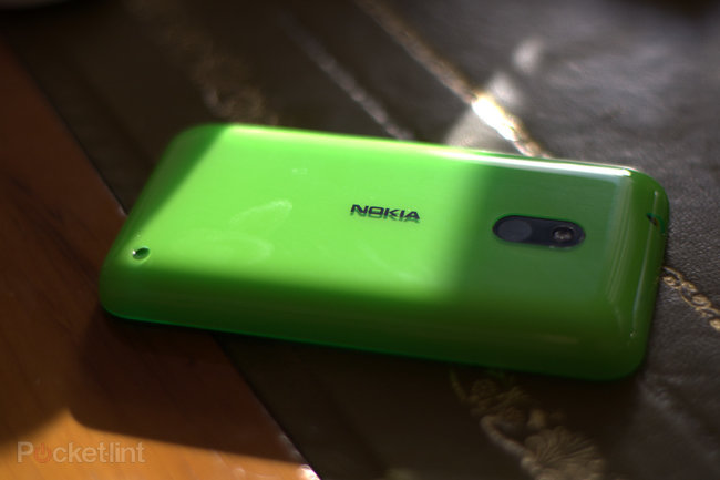 Nokia Lumia 620 - photo 4