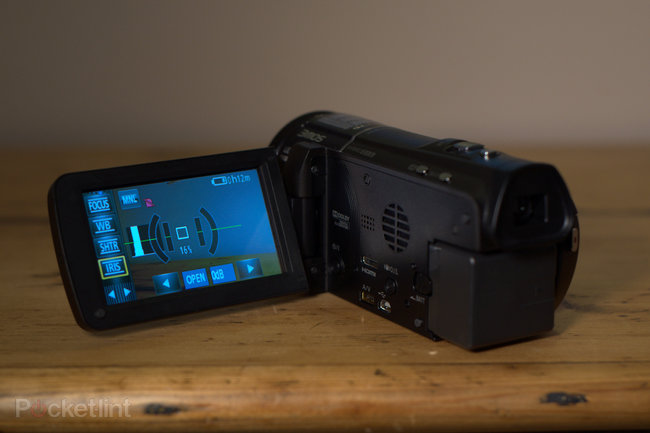 Panasonic HC-X920 camcorder - photo 12