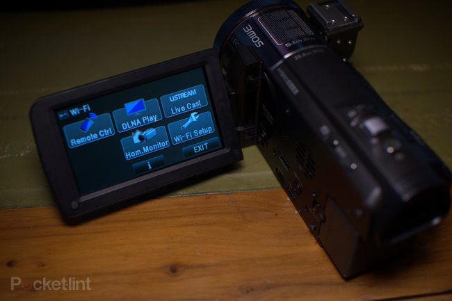 Panasonic HC-X920 camcorder - photo 20