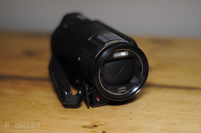 Panasonic HC-X920 camcorder - photo 6