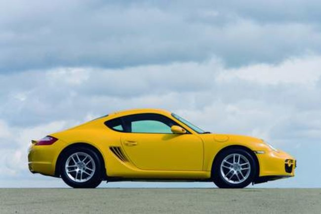 Porsche present the 911 Targa 4, the 911 GT3 RS, the Cayman and the Boxster in Paris - photo 1