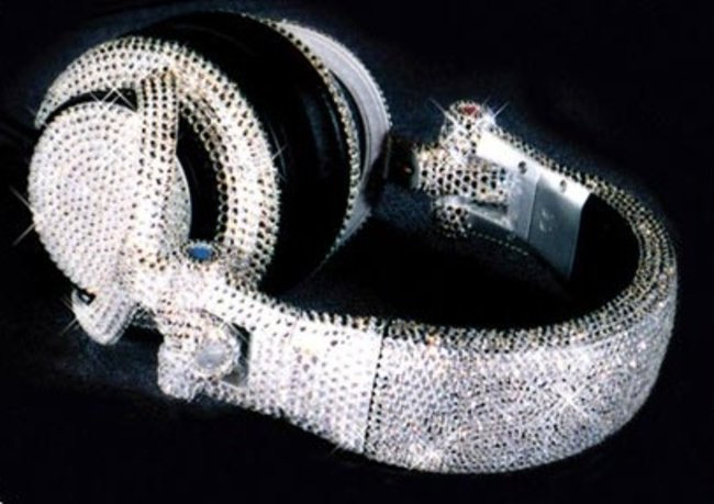 Swarovski encrusted headphones for the jet set - photo 2