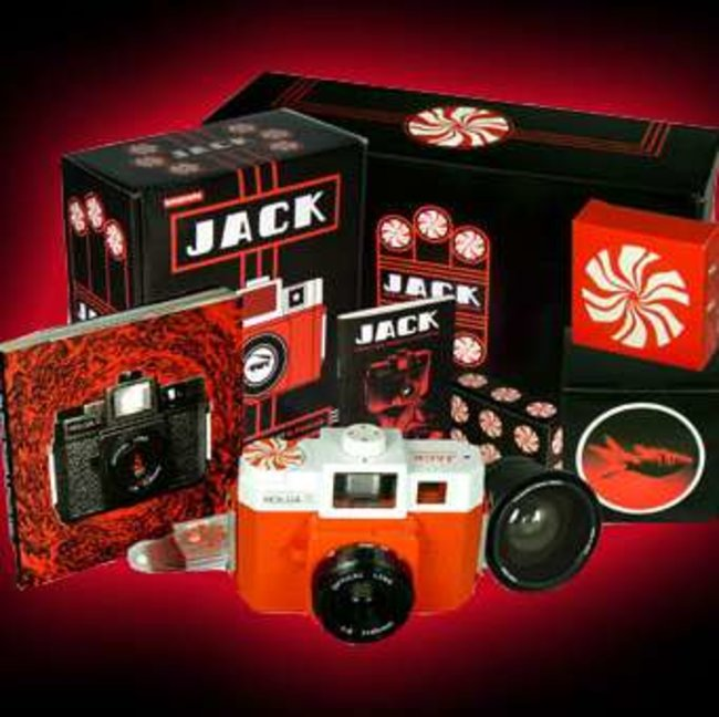 White Stripes launch special edition Lomography cameras - photo 1