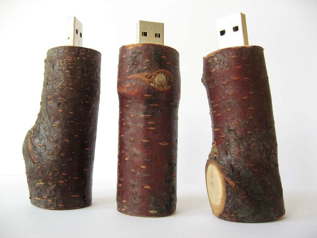 """Renewably-sourced wooden USB """"FlashSticks"""" available - photo 2"""