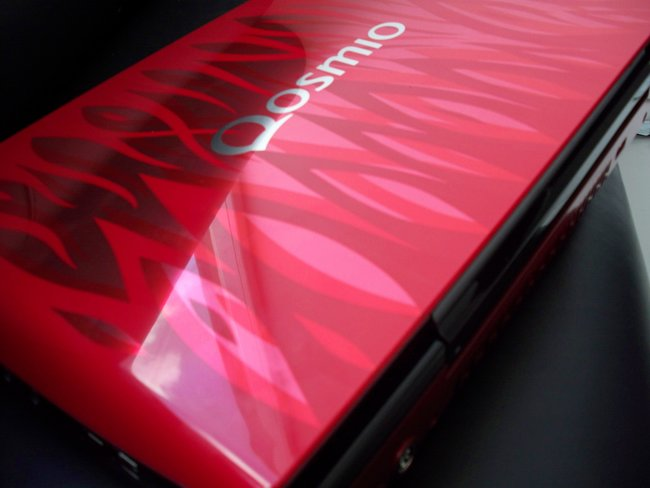Toshiba shows off Qosmio X300 - photo 6