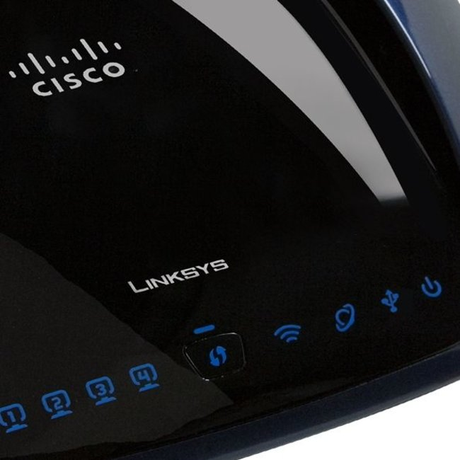 Linksys launches first simultaneous Dual-N Band router  - photo 1