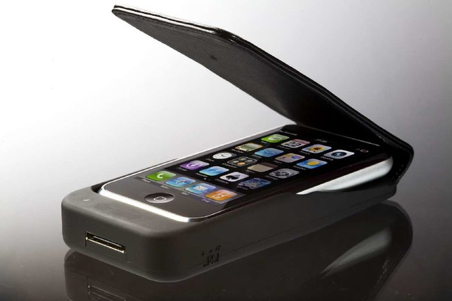 iPow iPhone charger case launches  - photo 2
