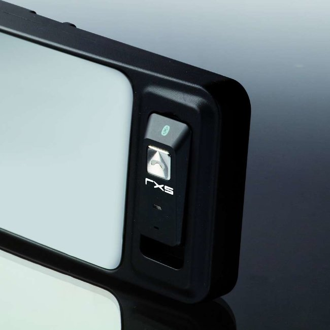 RXS:Redshift launches rear-view mirror Bluetooth kit - photo 1