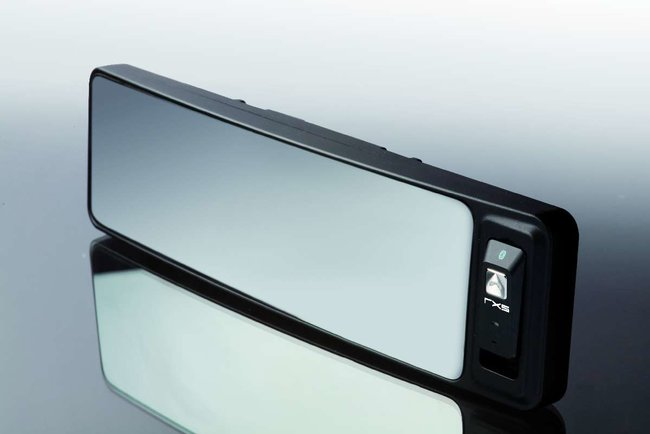 RXS:Redshift launches rear-view mirror Bluetooth kit - photo 3