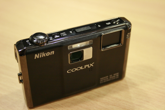 Nikon COOLPIX S1000pj projector camera - photo 7
