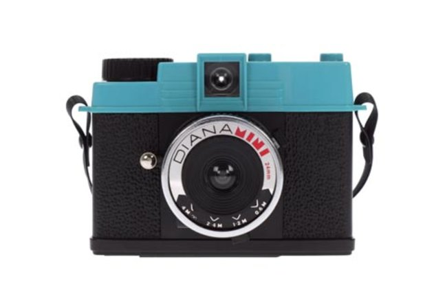 VIDEO: Lomography launches retro Diana Mini film camera - photo 3