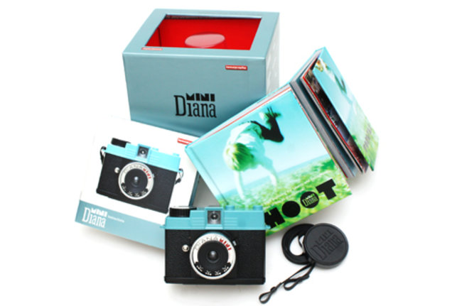 VIDEO: Lomography launches retro Diana Mini film camera - photo 4