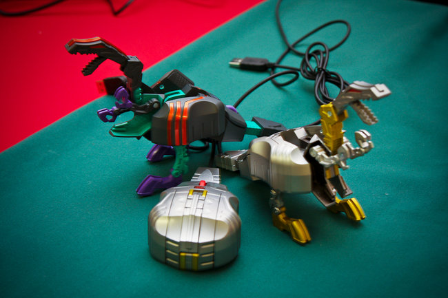Transformers: USB drive and mouse in disguise - photo 12