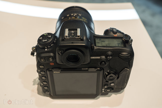 Nikon D500 hands-on preview: 'D5 mini' shows pro powers at smaller scale - photo 4