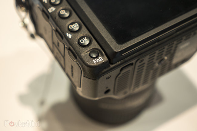 Nikon D500 hands-on preview: 'D5 mini' shows pro powers at smaller scale - photo 12