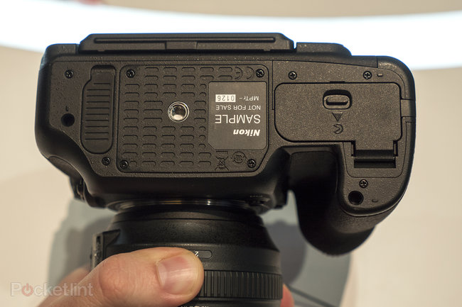 Nikon D500 hands-on preview: 'D5 mini' shows pro powers at smaller scale - photo 13