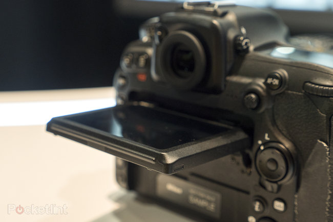 Nikon D500 hands-on preview: 'D5 mini' shows pro powers at smaller scale - photo 7