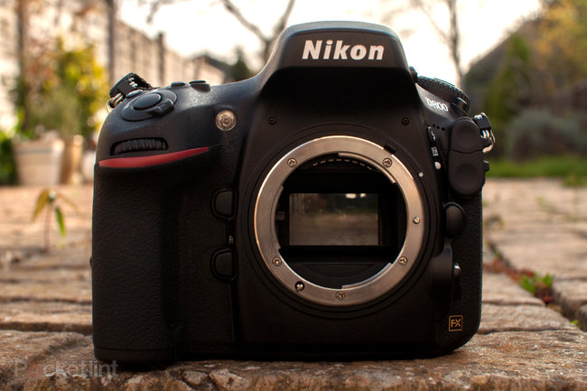 http://cdn.pocket-lint.com/images/4Hph/nikon-d800-full-frame-36-megapixel-slr-review-0.jpg?20120402-160943