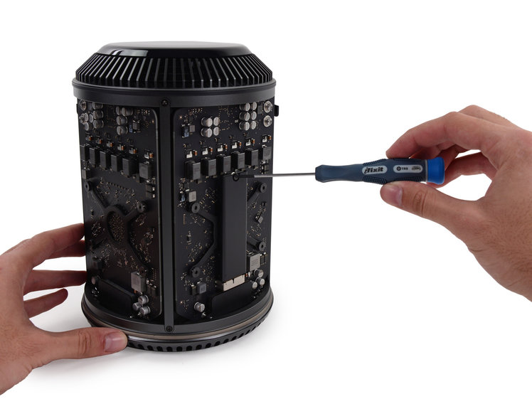 Apple's new Mac Pro is easy to