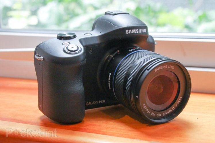 Samsung Galaxy NX Mini camera