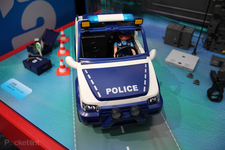 Hands-on: Playmobil Police Car