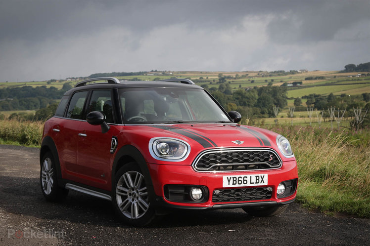 mini cooper sd countryman 2017 review mighty improvements for the mega mini pocket. Black Bedroom Furniture Sets. Home Design Ideas