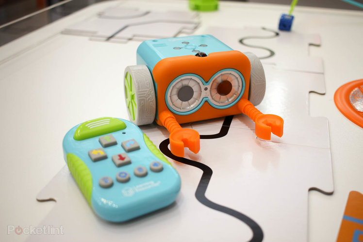 Best Coding Toys Reviewed : The best coding toys from robots to ipad games these