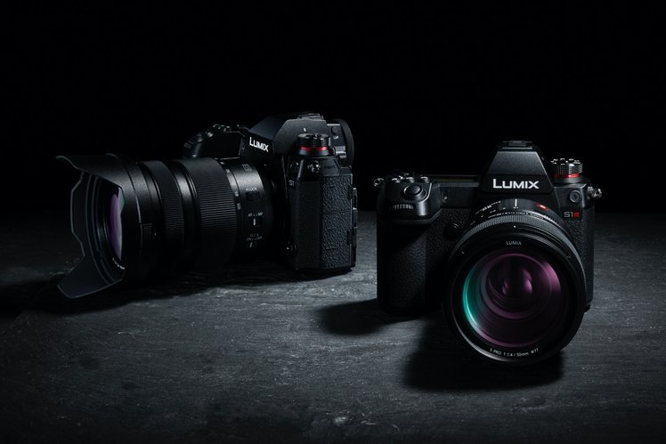 Panasonic Lumix S1 & S1R: All the full-frame mirrorless camera specs detailed