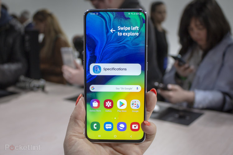 Samsung Galaxy A80 initial review: Will the automatic rotating camera turn your head?