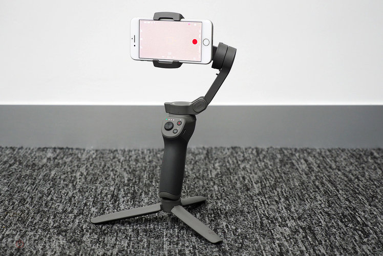 DJI Osmo Mobile 3 initial review: New folding design, the trigger returns and more