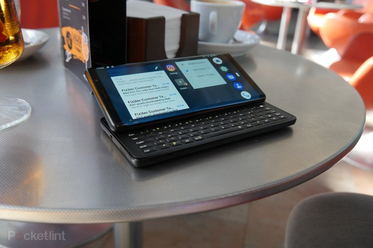 QWERTY-equipped F(x)Tec Pro1 now available for pre-order, launching October