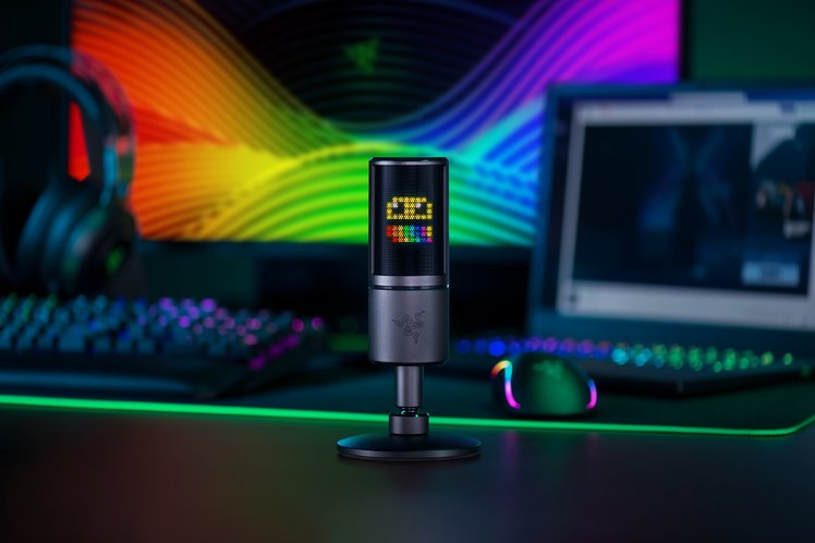 Razer has built a new audience pleasing microphone with an emoticon display