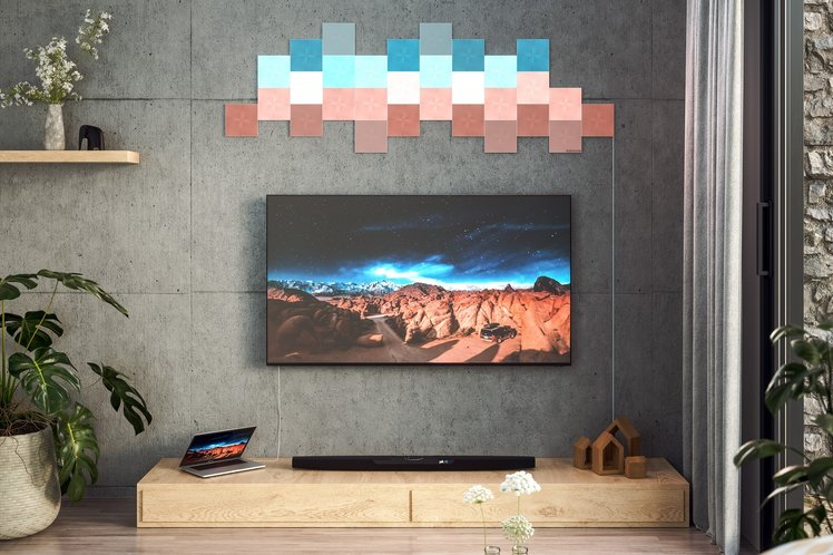 Nanoleaf unveils screen mirroring to sync light panels with your games and movies