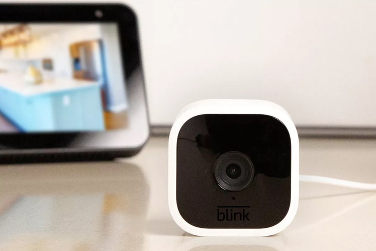 Get $10/£10 off the Blink Mini compact indoor security cam - now $25/£25