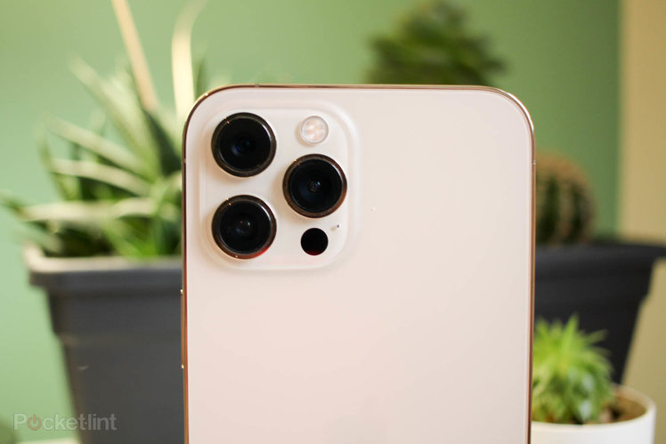 The iPhone 13 Pro Max might feature a f/1.5 wide camera