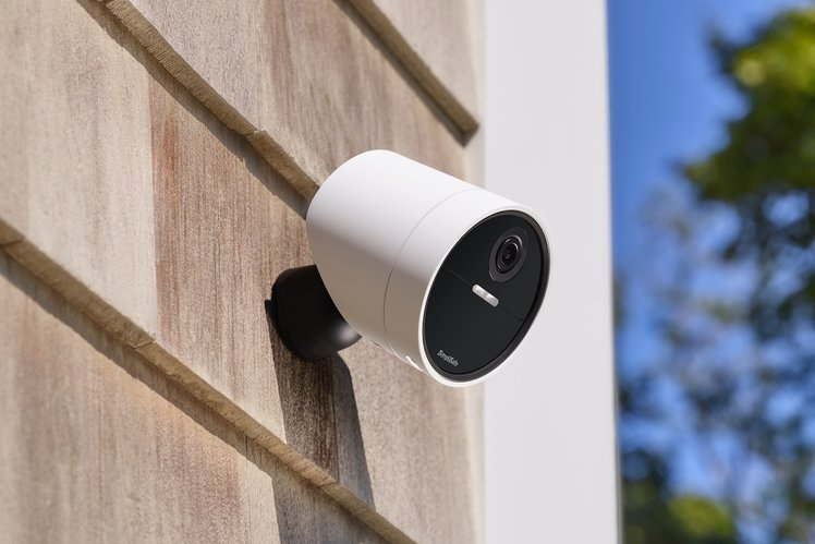 SimpliSafe adds long overdue wireless outdoor camera to its smart security system