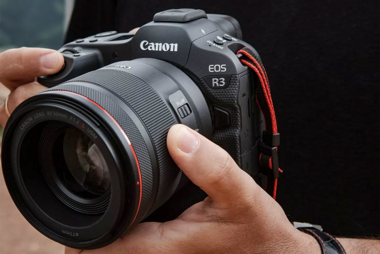 The Canon EOS R3 can focus on a subject just by you looking at it