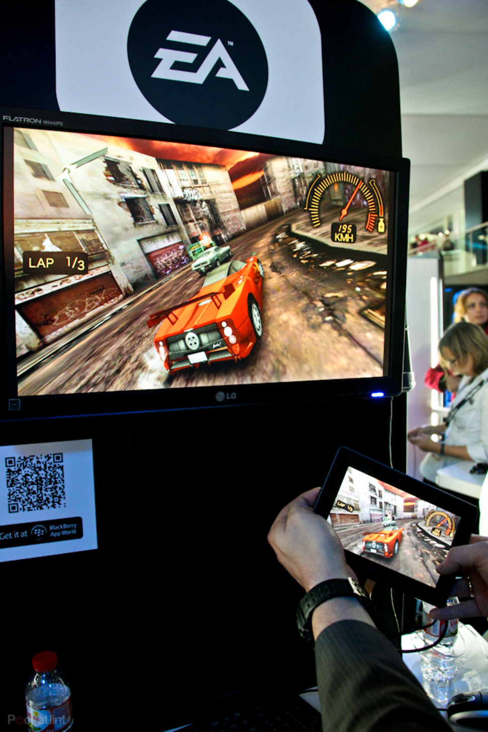 EA Need for Speed Underground on BlackBerry Playbook hands-on -