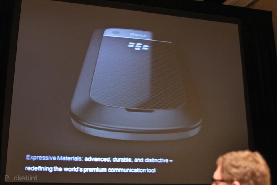 BlackBerry Bold 9900 goes touch, gets BB OS 7 and NFC - Pocket-