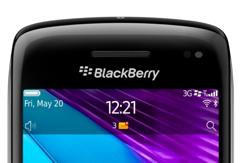 blackberry bold 9790 the new thinner bold image 1