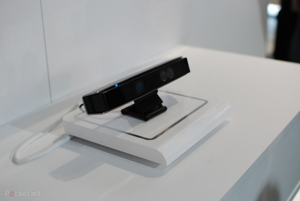 LG Magic Remote and Kinect-type sensor pictures and hands-on -