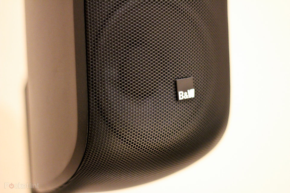 Bowers & Wilkins MT-60D Mini Theatre system pictures and hands-